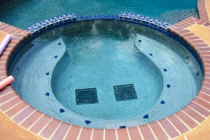 Circular Spa In Pool