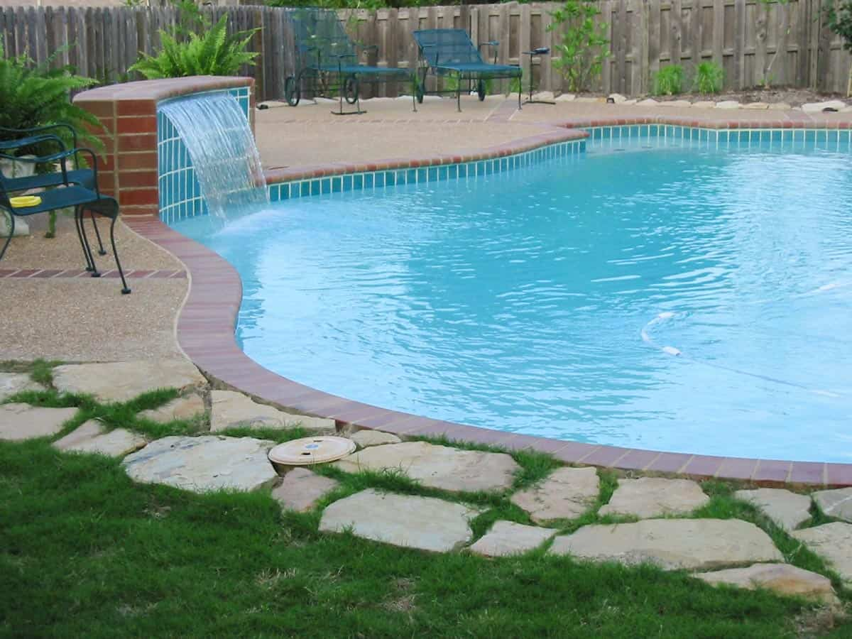 Mid south pool builders germantown memphis swimming pool for Garden spas pool germantown tn