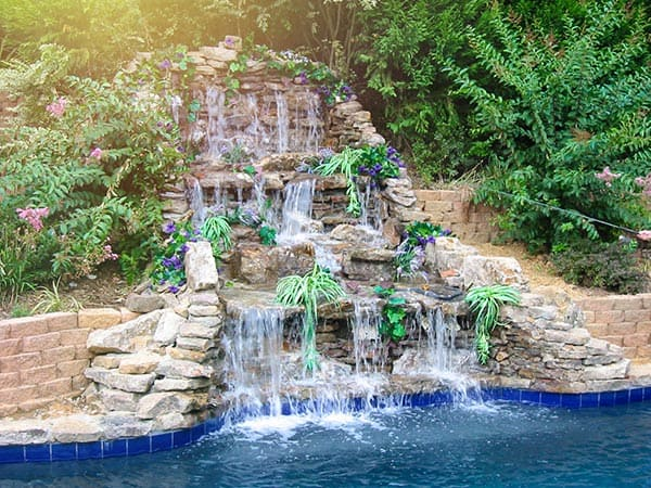Memphis pool design and construction services mid south for Pool design help